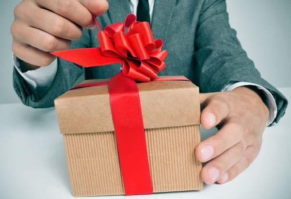 как-правильно-выбрать-подарок-для-мужчины